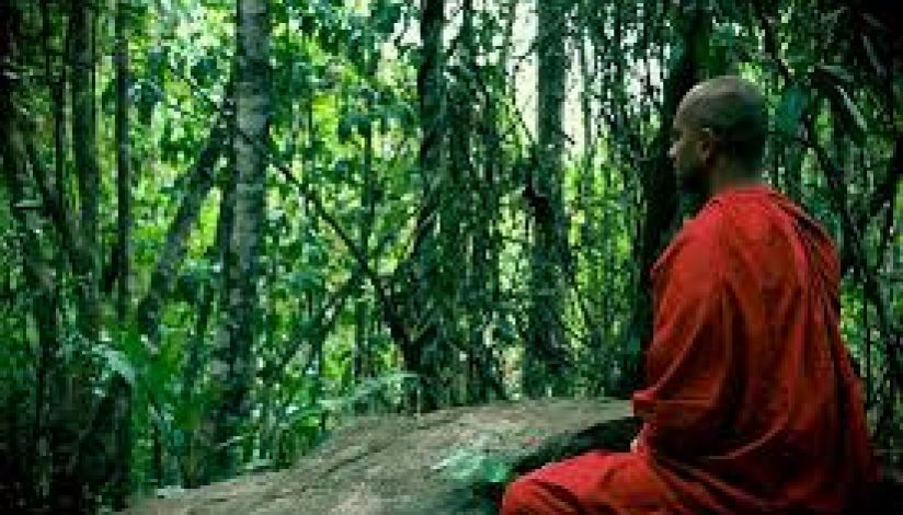 Arhat Mahinda's mission to establish Bhikkhu Sangha