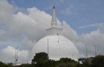 Sila Cetiya and the Ambasthala Vatadage