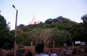 Sannipata Salawa, The Assembly Hall